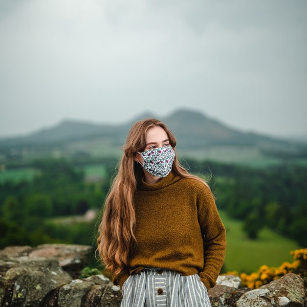 Scottish face mask rose